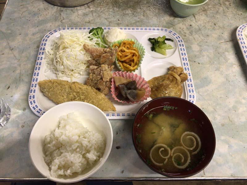 宝剣山荘の夕食