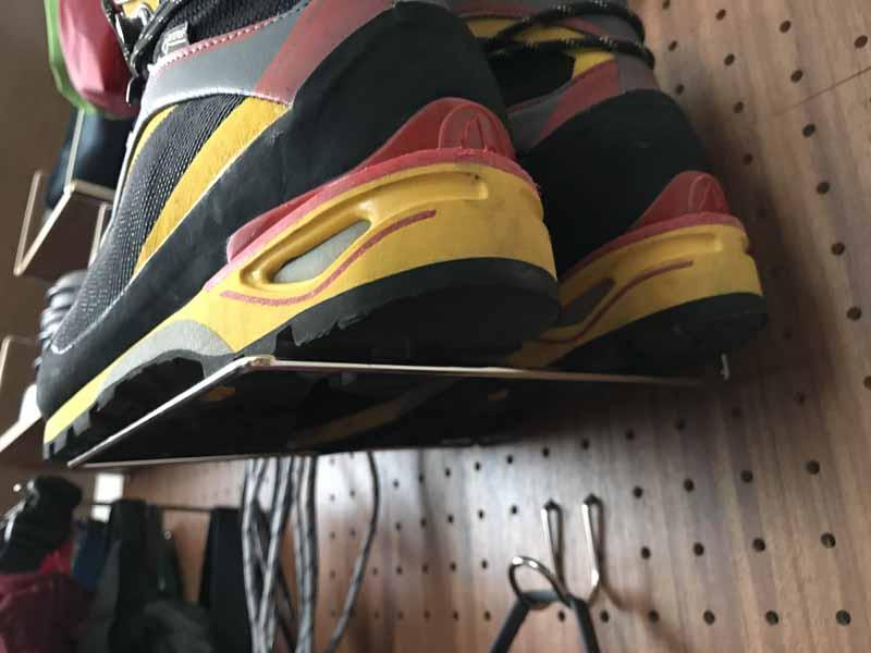 靴用フック