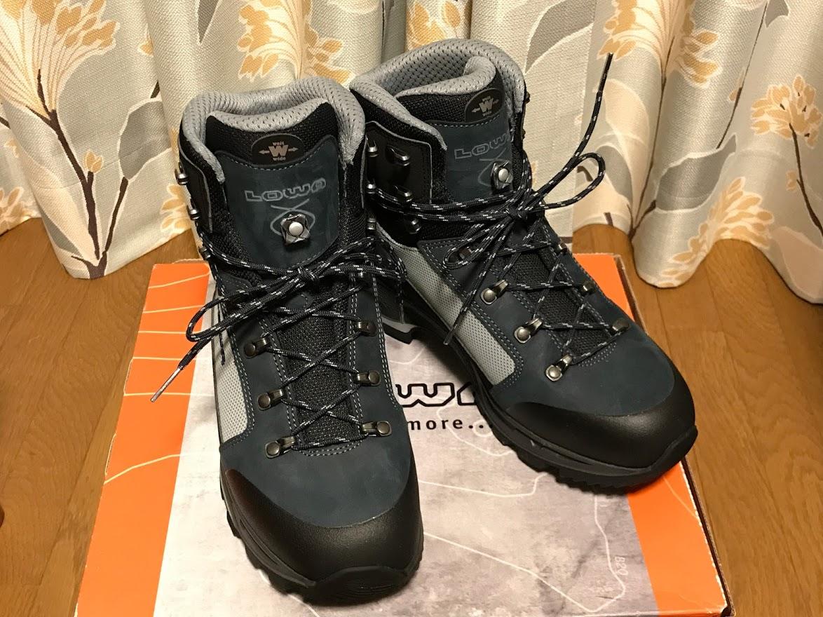 登山靴 ローバー